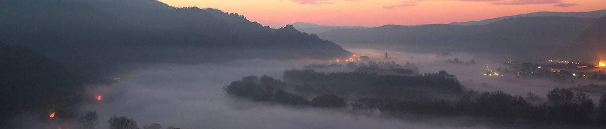Dürnstein im Nebel